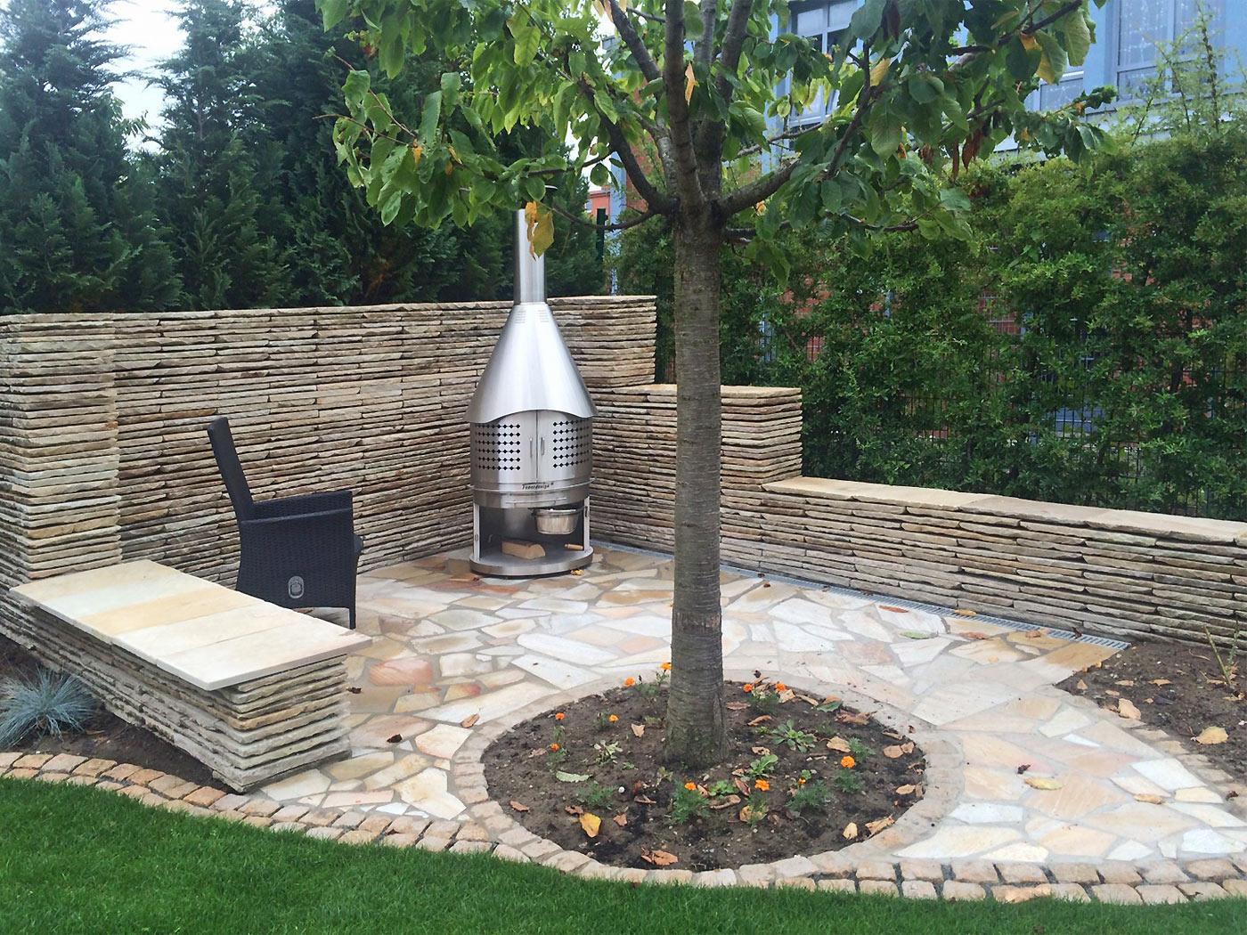 gartenmauern gartenmauer rostock. Black Bedroom Furniture Sets. Home Design Ideas
